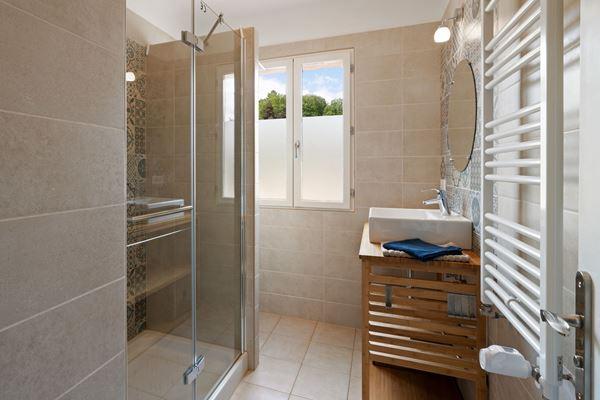 vakantiehuis-sarlat-dordogne-montfort-badkamer_1